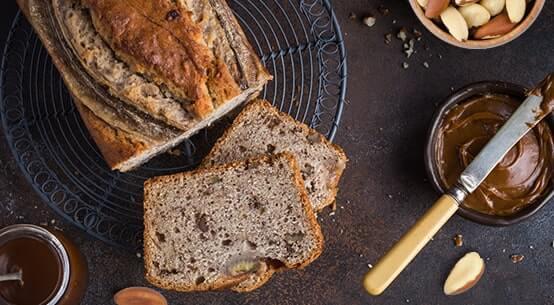 Brot mit Paranüssen