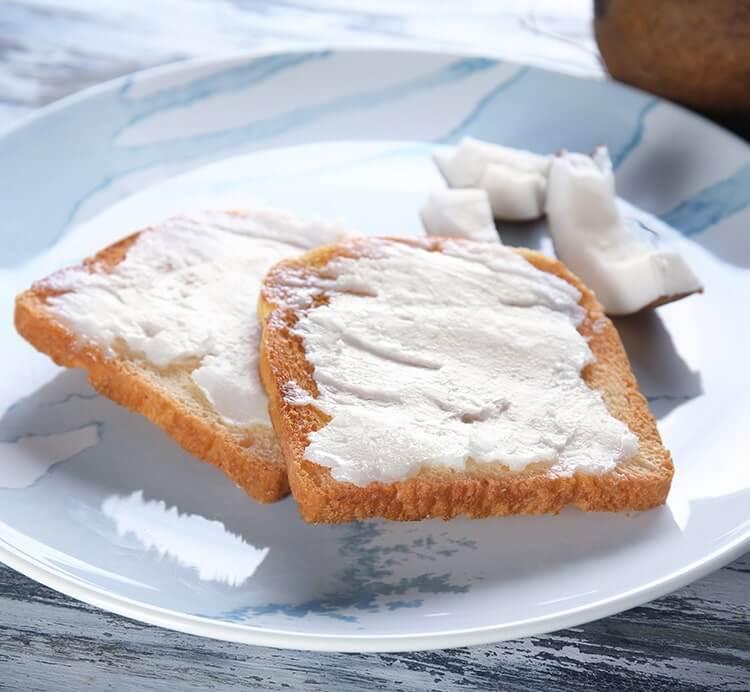 Brot mit Kokosöl