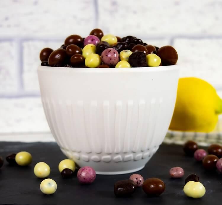 Bio Schoko Beeren Mix mit gefriergetrockneten Beeren